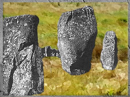 D'après des menhirs, Carnac, Bretagne, France, mégalithes, néolithique. (Marsailly/Blogostelle)