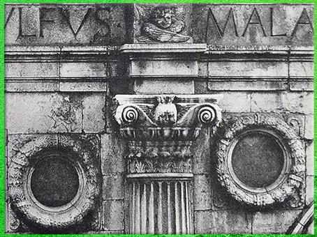 D'après l'église Saint François de Rimini, architecte Alberti, maître d'œuvre Matteo de'Pasti, temple des Malatesta, pilastre, 1450, XVe siècle, Quattrocento, Renaissance italienne. (Marsailly/Blogostelle)