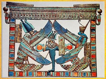 D'après Osiris, Nekhbet et Ouadjet, déesses de la Haute- Égypte et de la Basse- Égypte, trésor de Toutânkhamon, pectoral, XVIIIe dynastie, Nouvel Empire, Égypte Ancienne. (Marsailly/Blogostelle)