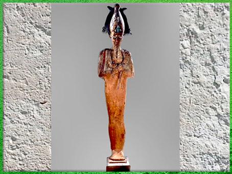 D'après une statue d'Osiris, corps-linceul, bois stuqué, peint à l'origine, et métal, vers 332 - 30 avjc époque ptolémaïque, Égypte Ancienne. (Marsailly/Blogostelle)