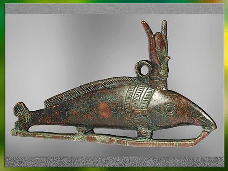 D'après un oxyrhynque, poisson du Nil, figurine votive, bronze, Basse Époque-époque Ptolémaïque, Égypte ancienne. (Marsailly/Blogostelle)