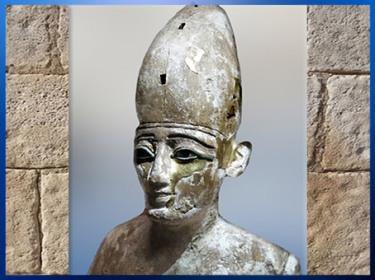 D'après le dieu Osiris, roi de l'Éternité, bois de sycomore et or, nécropole d'Al- Minya, époque Ptolémaïque, Égypte ancienne. (Marsailly/Blogostelle)