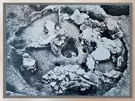 D'après les vestiges d'une maison circulaire de Banpo, Ve-IVe millénaire avjc, culture de Yangshao, néolithique, Chine ancienne. (Marsailly/Blogostelle)