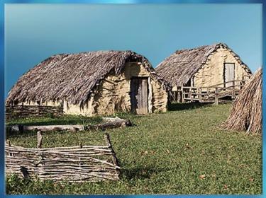 D'après des habitations reconstituées, Parc de la Draga, Catalogne, Espagne, néolithique. (Marsailly/Blogostelle)