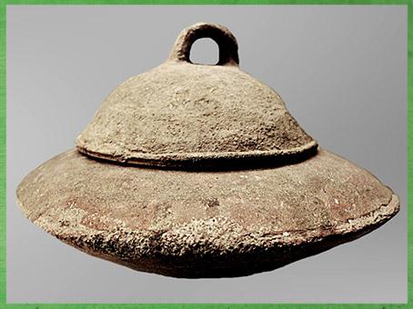 D'après une marmite,  terre cuite, culture de Yangshao, 5000- 2500 avjc, Henan, néolithique, Chine ancienne. (Marsailly/Blogostelle)