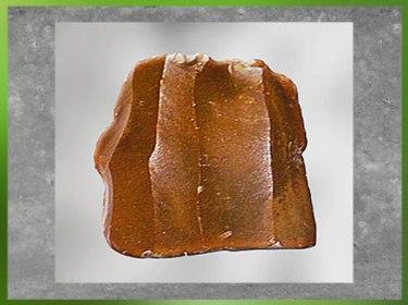 D'après un bloc de silex taillé, dit Livre de Beurre, région Centre, France, chalcolithique, âge du cuivre. (Marsailly/Blogostelle)