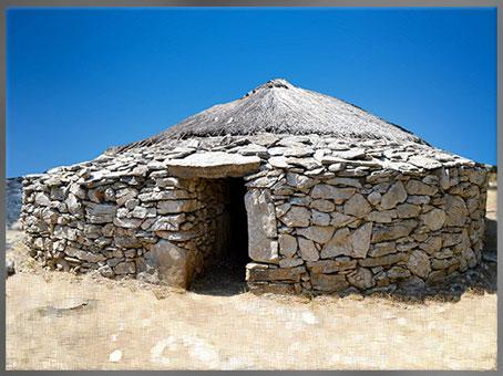 D'après une maison de Cambous, Hérault, culture de Fontbouisse, IIIe millénaire avjc, chalcolithique, âge du cuivre. (Marsailly/Blogostelle)